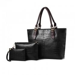 Carteira de senhora em pele acompanhada de porta chaves e mais uma bolsa